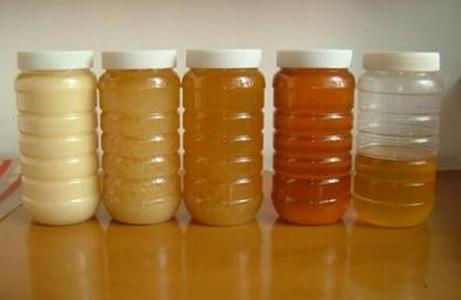 中老年人用蜂蜜养生如何对症选蜜